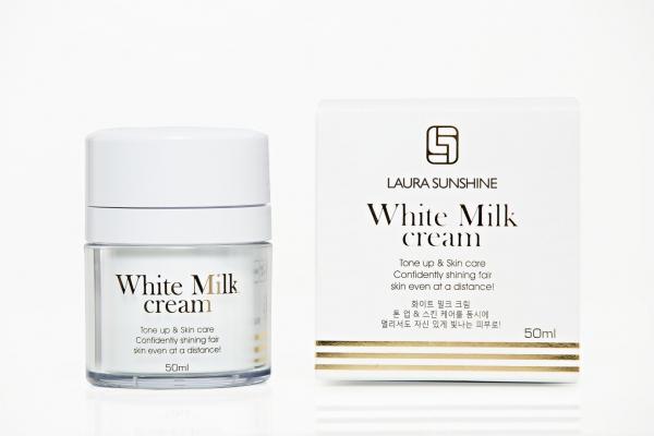 kem sữa trắng da mặt laura sunshine